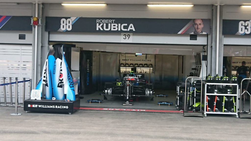 garaz-roberta-kubicy