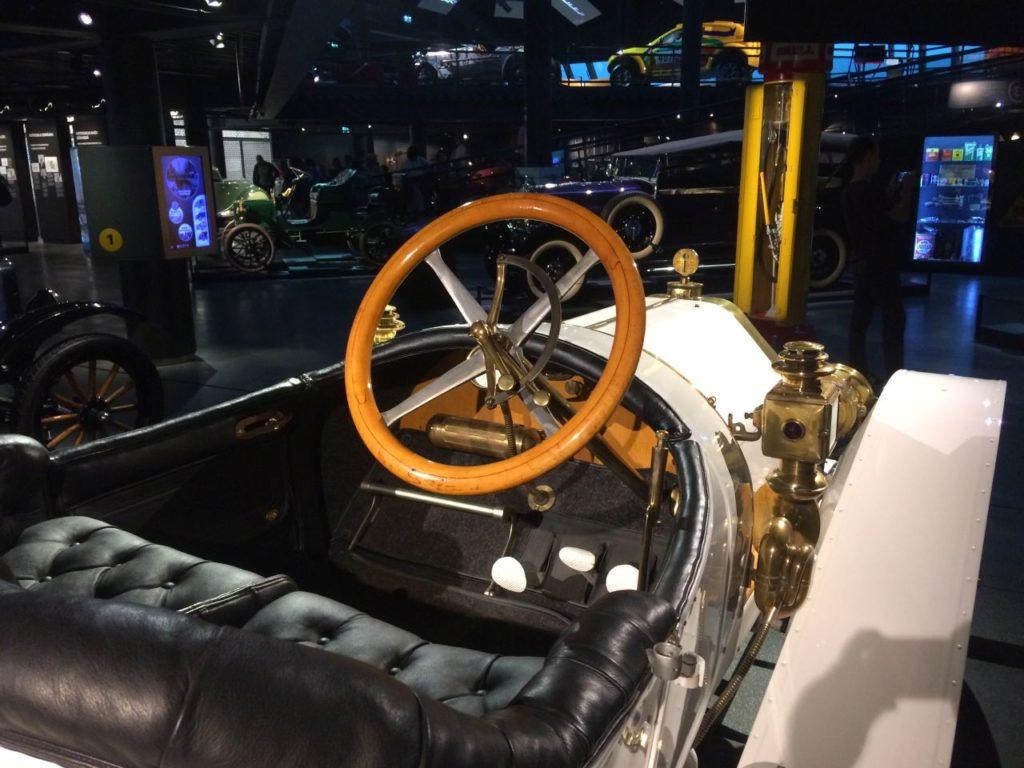 lotwa-muzeum-motoryzacji-2