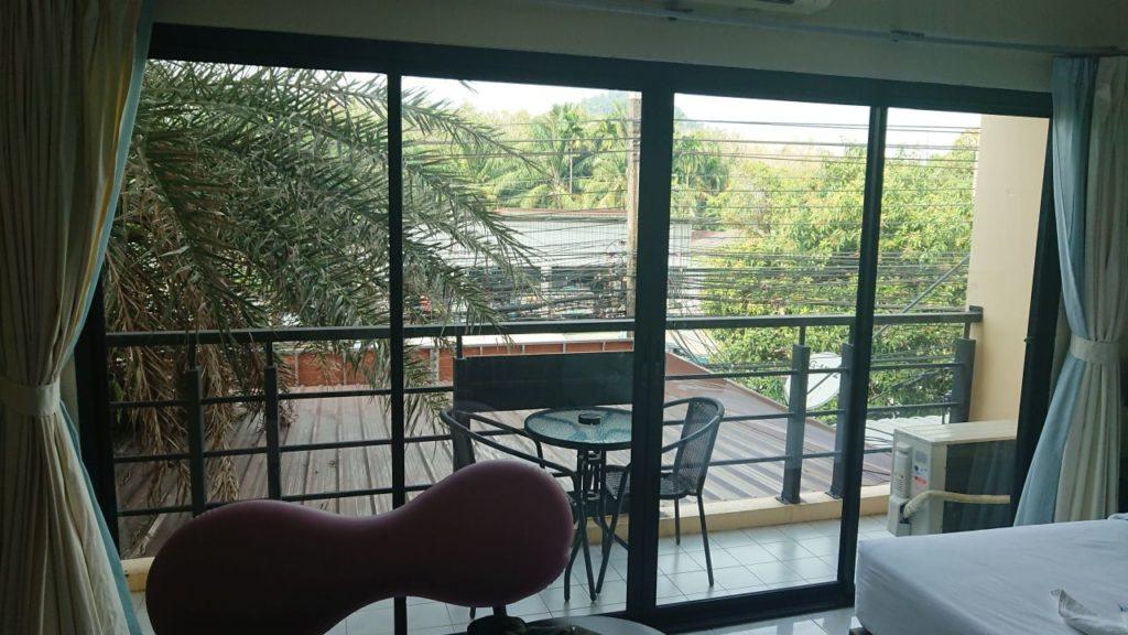 ao-nang-hotel-balkon