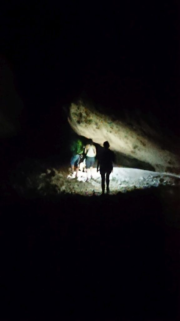 w-jaskini-sagada
