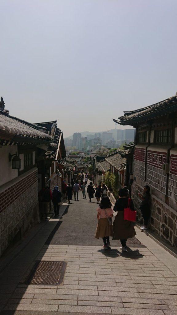 bukchon-hanok-oniontrip
